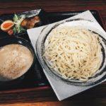 松山空港周辺でランチを食べるなららーめん萬楽!