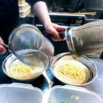 萬楽のコラーゲンたっぷりのスープです。シンプルへの追求